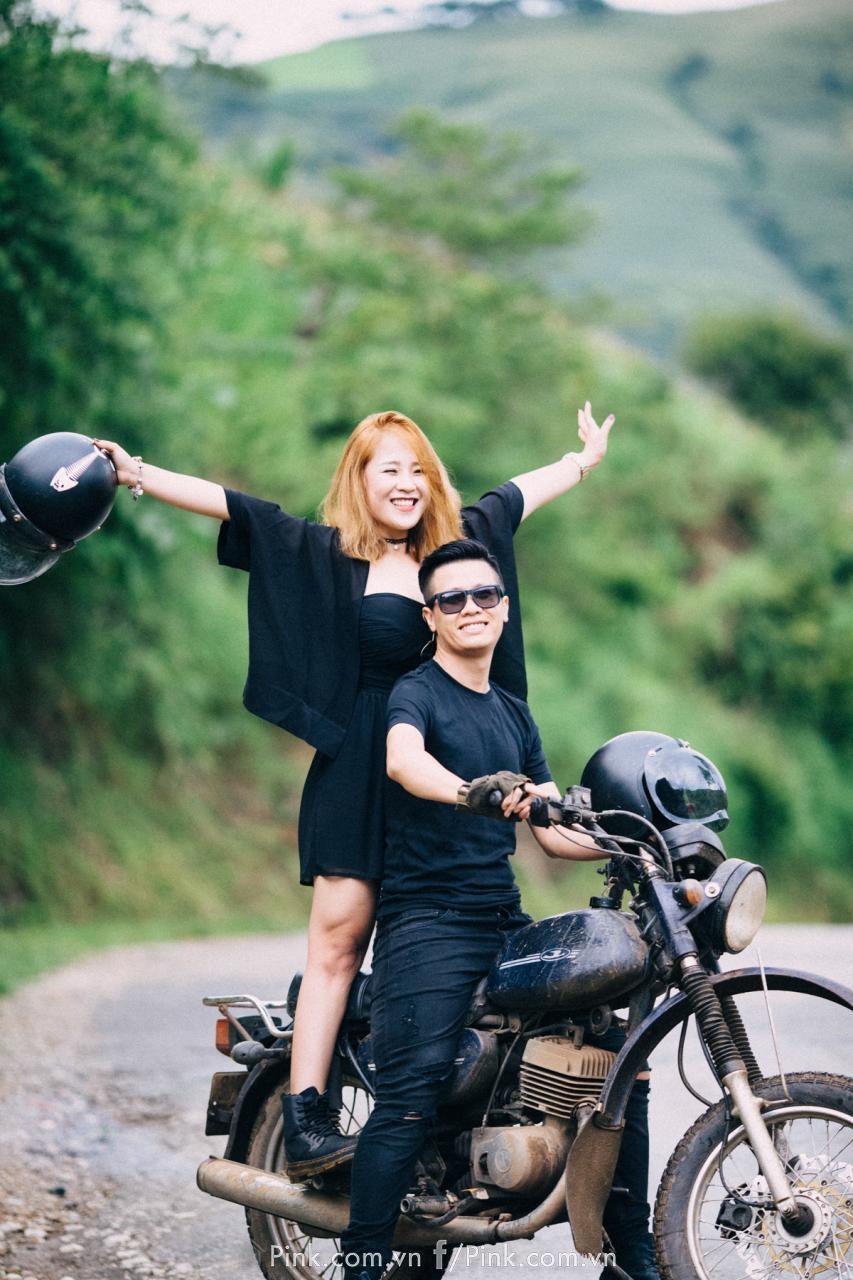 Do vậy, Tuấn Anh và Thảo đã chọn Sống Khủng Long - địa điểm nổi tiếng với dân phượt ở Sơn La để chụp ảnh cưới.
