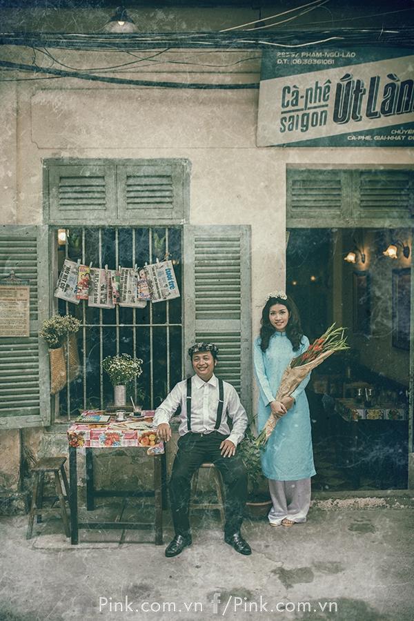 Album này đã tái hiện lại hồn Sài Gòn xưa cũ, dẫu còn nhiều thiếu sót… nhưng không quá quan trọng và chẳng nên so sánh với ngày xưa. Cốt yếu, đã là sự cố gắng của cả một ekip để chọn từng trang phục, từng góc đường, con phố nhỏ, vỉa hè hay những chốn cũ kỹ của Sài Gòn một thời phồn hoa đô thị còn sót lại.
