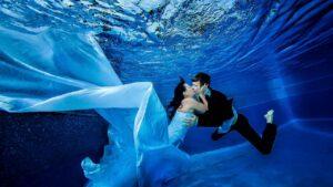 HOT! Trào lưu chụp ảnh cưới dưới nước độc đáo và mới lạ