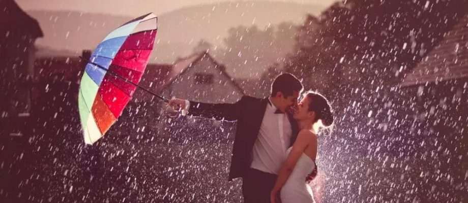 Cách chụp ảnh cưới trong khung cảnh trời mưa